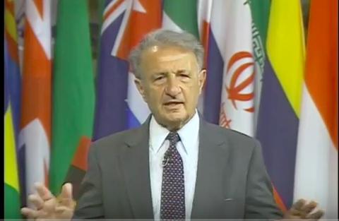 Ảnh Tiến Sĩ Gilbert Bilezkian